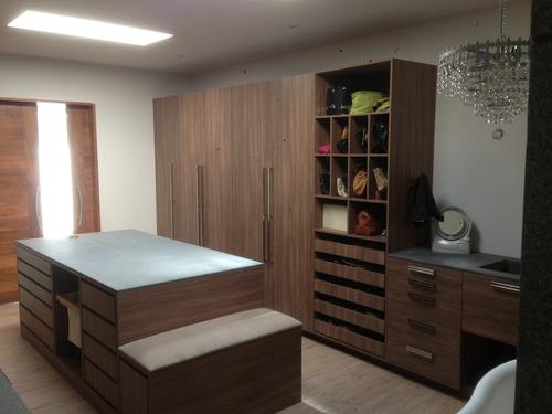 Closet sobre dise o minimalista melamina madera otros for Cotizacion de closets