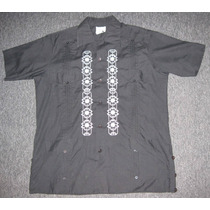 Guayabera Color Negro