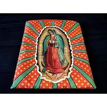 Funda Ipad Acolchonada Con Vírgen De Guadalupe /rayos De Luz