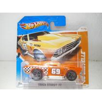 Hot Wheels 69 Chevelle Naranja 76/244 2011 1:64