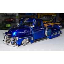 1:24 Chevrolet Pick Up 1951 Azul Jada Low Rider Display