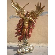 Arcangel San Miguel De Madera Tallado A Mano