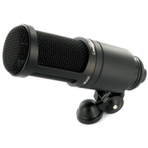 Microfono De Condensador Audio Technica At-2020 Profesional