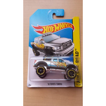 Toyota Tundra 2010 Camioneta Hot Wheels Die Cast 1/64