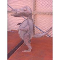 Escultura Dinosaurio De Piedra Y Metal. Estilo Antiguo.