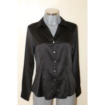 Hermosa Blusa De Tela Satinada Color Negro Marca Pertegaz