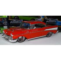 1:24 Chevrolet Bel Air 1957 Rojo Jada Display