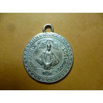 Medalla Religiosa De La Virgen De San Juan . En Plata.
