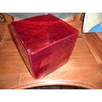 Florero De Vidrio Cuadrado En Color Rojo