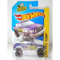 Hot Wheels Camioneta 10 Toyota Tundra Morada 131/250 2014