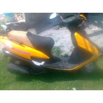 Motoneta Italika Xs 125 Color Amarilla