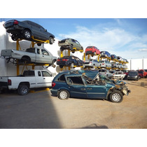 Voyager Caravan 2005,accidentada,motor 3.3,nacional,