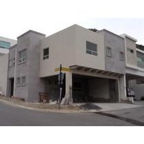 Casa En Venta En Col. Lagos Del Vergel