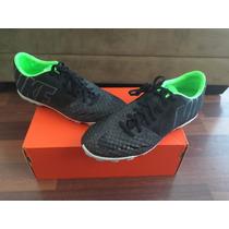 Nike Bomba Finale Ii Acc