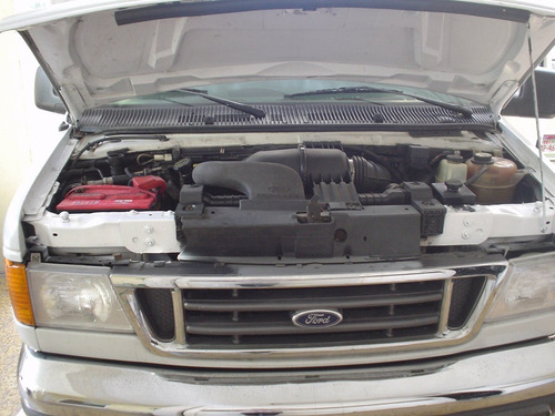 Ford Econoline 2006 Foto 10