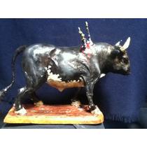 Escultura De Toro De Lidia