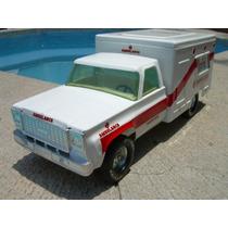 Ambulancia Chevrolet De La Marca Nylint De Los Setentas Vv4