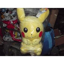 Excelente Peluche Mochila Grande De Pikachu