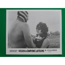 Mil Mascaras Vuelven Los Campeones Justicieros Foto Orig