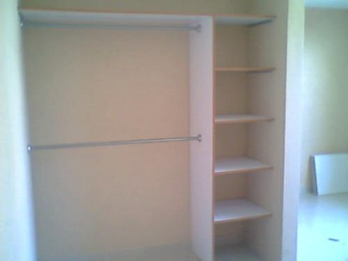 Casa residencial familiar instalacion de puertas corredizas para closet - Como colocar una puerta corrediza ...