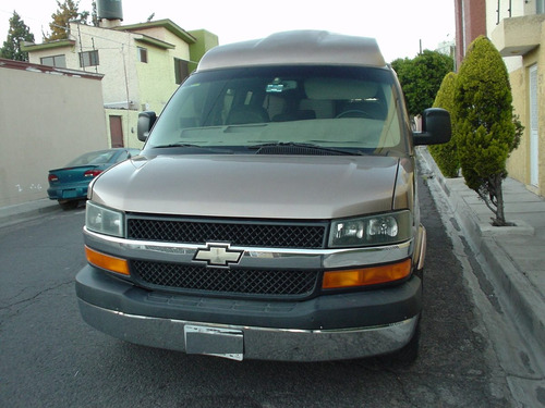 Chevrolet Express Van 2003