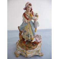 Figura De Porcelana La Dama Con Patos De Sevres De 1753