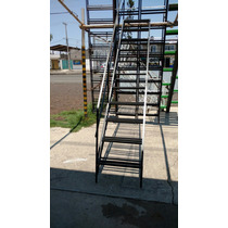 Escaleras De Caracol Y Recta