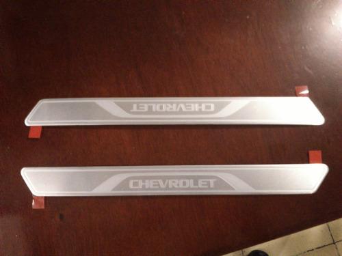 Embellecedores De Estribos Chevrolet Para Chevy Vbf Foto 1