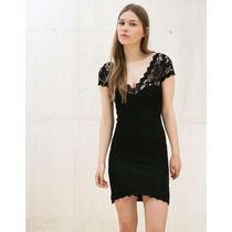 Vestido De Encaje Bershka Talla S / Chica Color Negro