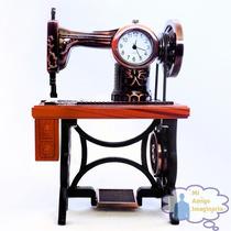 Reloj De Mesa Miniatura Maquina De Coser Antigua Vintage
