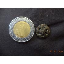 Boton Antiguo Con Piedra Azul En Su Interior