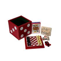 Estuche En Forma De Dado Con 5 Juegos Diferentes, Color Rojo