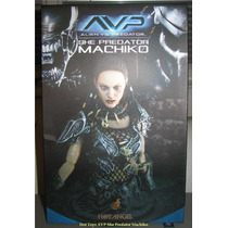 Figura De She Predator Machiko Hot Toys Avp