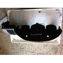 Bisel De Velocimetro De Toyota Tacoma Modelo 2012
