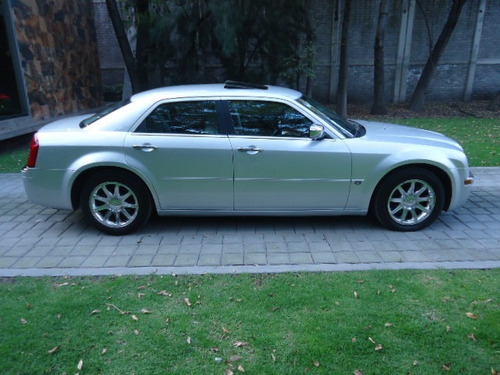 Chrysler 300C 2005