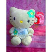 Hello Kitty De Peluche Vestida Muy Casual