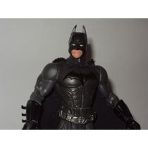 Batman El Inicio Traje Gris