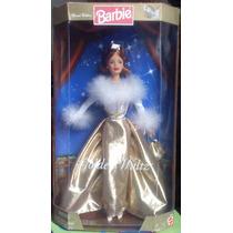 Barbie Golden Waltz Parece Reyna