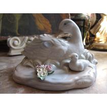 Increible Figura De Patos Fabricada En Porcelana