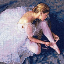 The Gold Collection Ballerina Beauty Dimensions 36x36 Cm