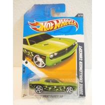 Hot Wheels Dodge Challenger Concept Verde 153/247 2012