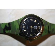 Reloj De Mujer Color Verde Camflajeado New York & Co.