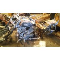 Motocicleta Yamaha Chopper Partes Vstar 650 2005 Quemada