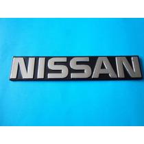 Emblema Nissan Camioneta