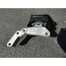 Soporte Motor Derecho Nissan Versa Nuevo Original