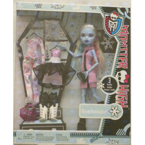 Monster High Abbey Bominable 3 Modas Outfits Looks