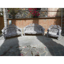 Sala Vintage Tallada En Madera Con Decapado Antiguo
