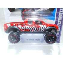 Hot Wheels Camioneta Toyota Tundra Roja 167/250 2013
