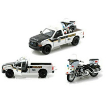 Maisto Ford F350 Super Duty + Flhtpi Electra Glide Police
