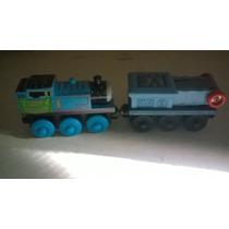 Thomas Y Sus Amigos Holiday Thomas Y Conveyor Belt Car Lote.